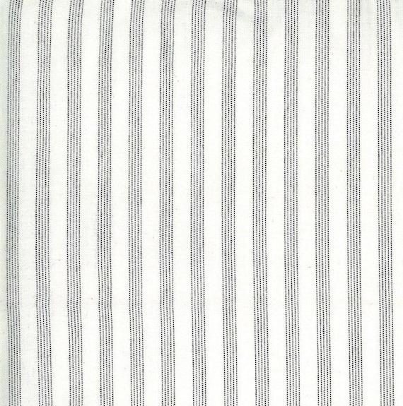 Moda Low Volume Wovens Wide Stripe Ivory by Jen Kingwell -- Fat Quarter