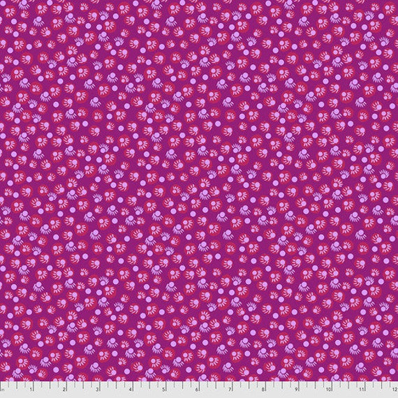 Bright Eyes by Anna Maria Horner Fabrics for Free Spirit Fabrics - Fat quarter of Dot Your Eyes in Magenta