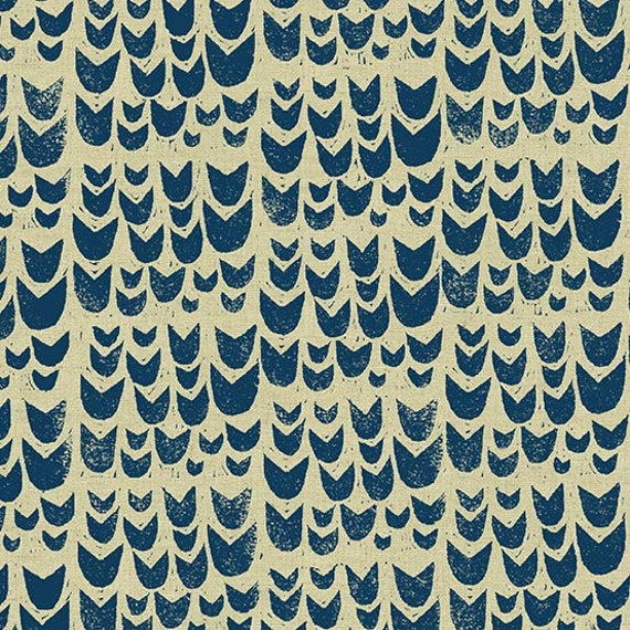 Home by Sarah Golden for Andover Fabrics - Fat Quarter of Tulips in Navy -- Cotton