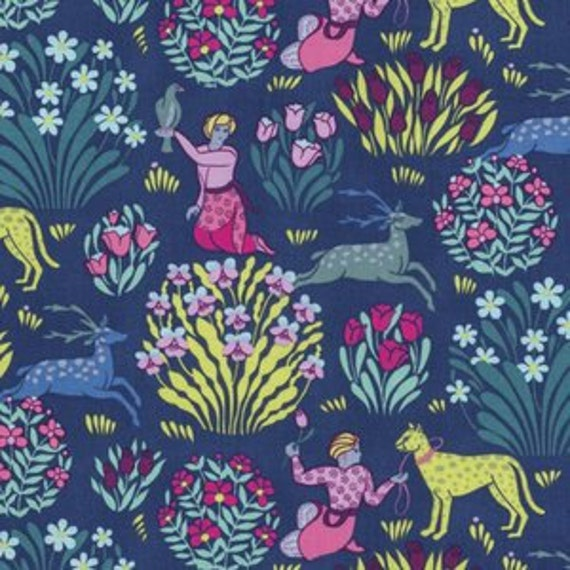 Amy Butler Splendor -- Fat Quarter of Forest Friends in Midnight