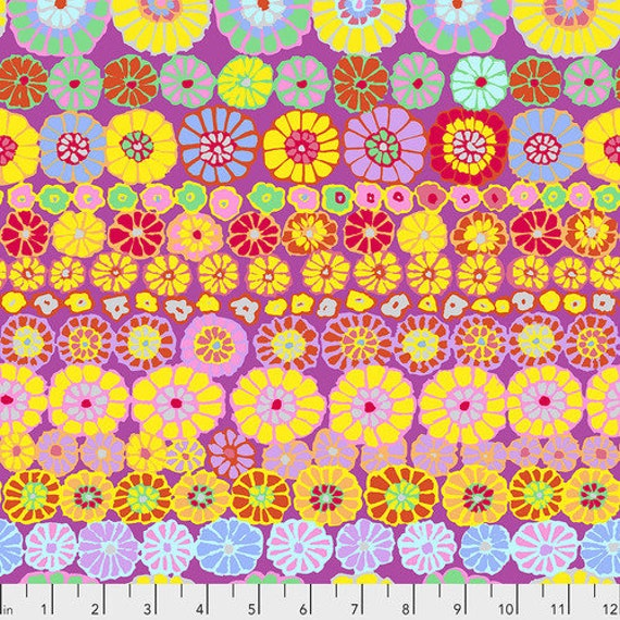 Kaffe Fassett Collective Fall 2018 -- Fat Quarter of Kaffe Fassett Row Flowers in Pink