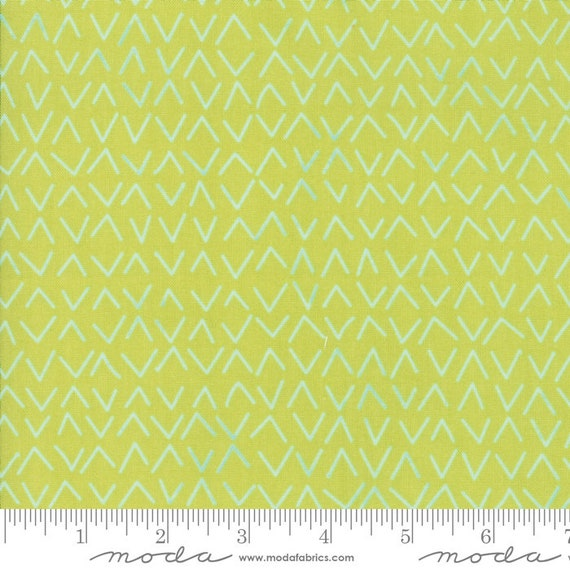 Day in Paris. -- Arrows in Chartreuse (1685 15) by Zen Chic for Moda -- Fat Quarter