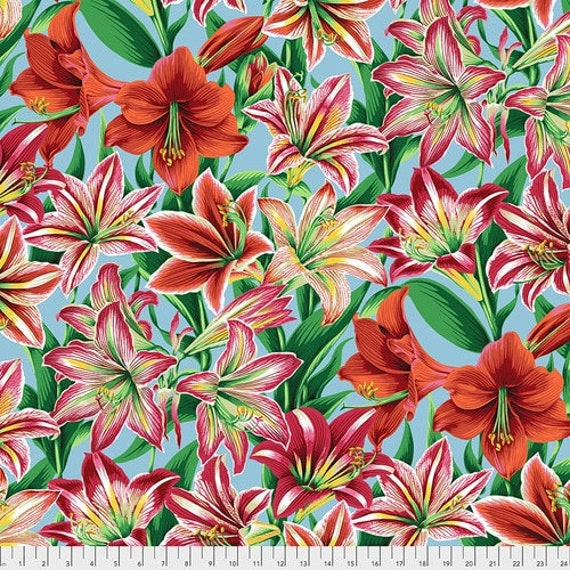 Kaffe Fassett Collective August 2020 -- Fat Quarter of Philip Jacobs Armaryllis in Natural