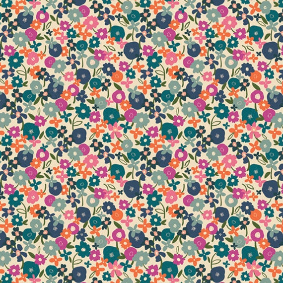 Trouvaille by AGF Studios for Art Gallery Fabrics -  Fat Quarter of Posy Morning in Light