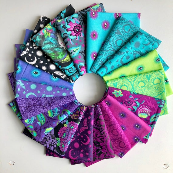 Fat Quarter Bundle of 18 - Tula Pink's De La Luna Fabric for Free Spirit Fabrics