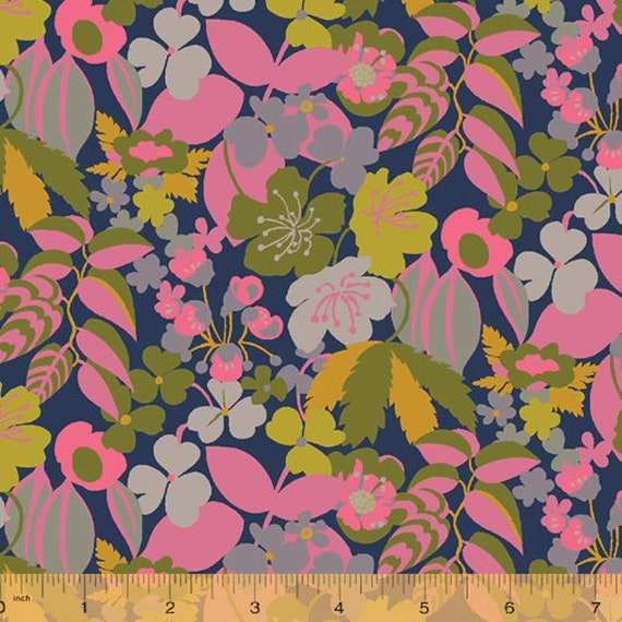 Sostice (Canvas) by Sally Kelly for Windham Fabrics - 25cm piece of 51931C-6