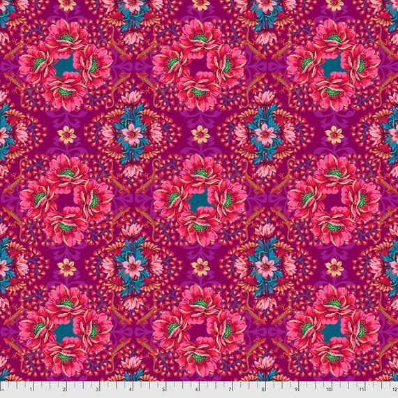 Magi Country by Odile Bailloeul for Free Spirit Fabrics - Fat quarter of Mini Gecko in Plum