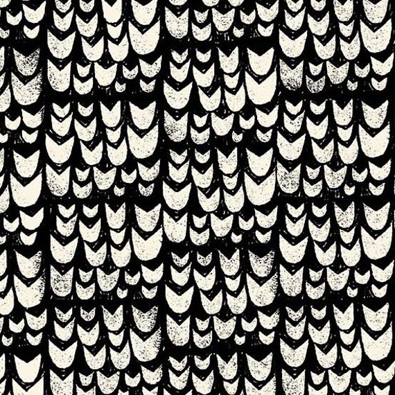 Home by Sarah Golden for Andover Fabrics - Fat Quarter of Tulips in Noir -- Cotton