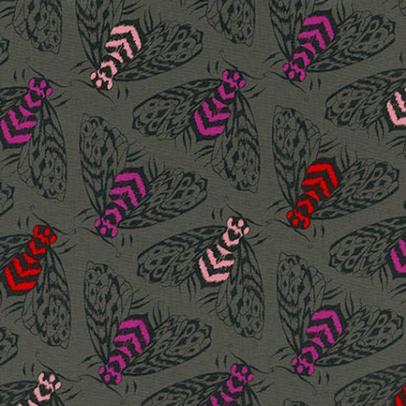 Magic Forest by Sarah Watts for Cotton and Steel - Fat Quarter- Bees in Charcoal