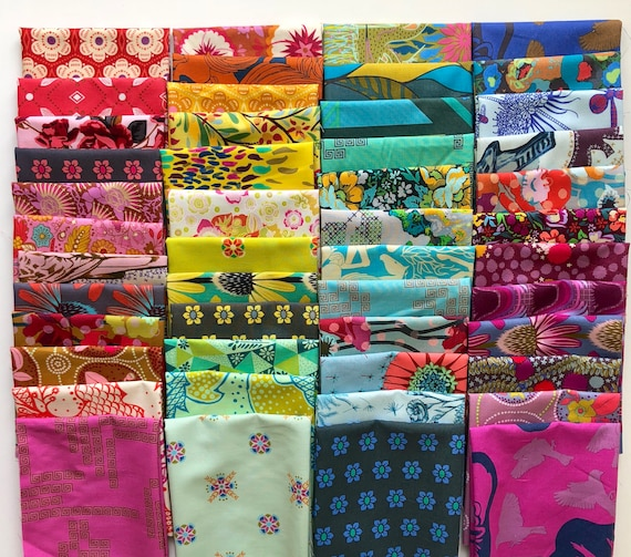 Fat 16th Rainbow bundle of Anna amaria Horner fabrics as shown in photo (48 in total)