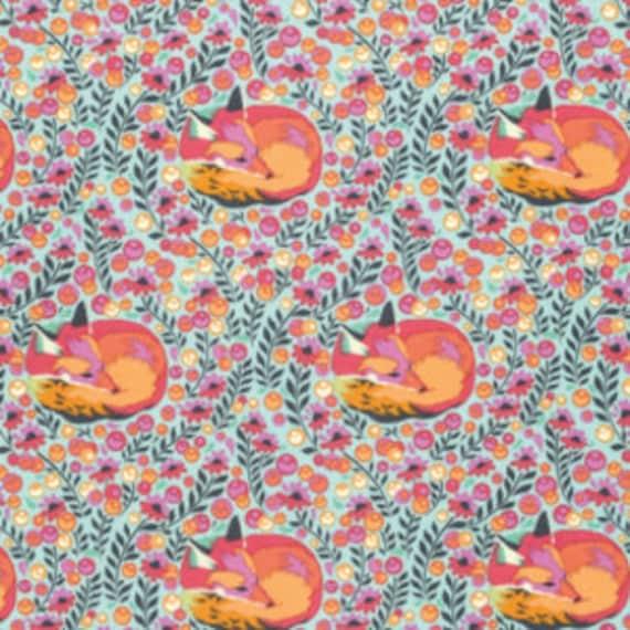 Fat Quarter Fox Nap in Sorbet - Tula Pink Chipper