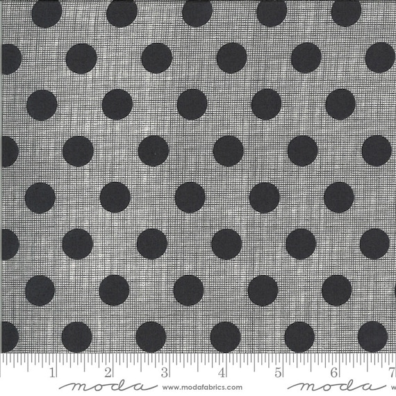 Moda Winkipop by Jen Kingwell -- Fat Quarter of 1813191 New Circulus in Onyx