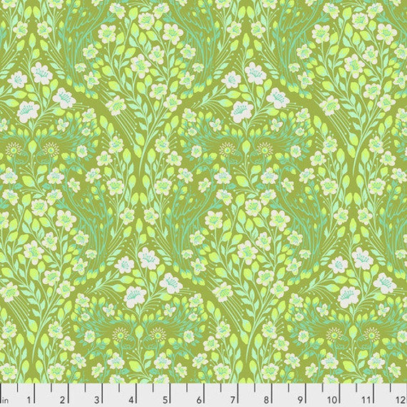 Fat Quarter Parrot Prattle in Guava - Tula Pink's Monkey Wrench for Free Spirit Fabrics