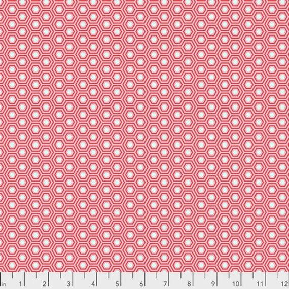 Fat Quarter Hexy in Flamingo - Tula Pink's True Colors for Free Spirit Fabrics