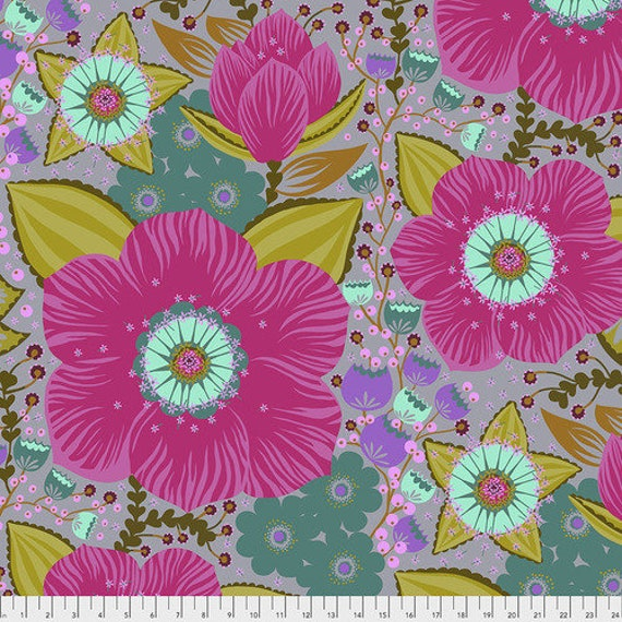 Hindsight by Anna Maria Horner for Free Spirit Fabrics- Fat Quarter of Honorable Mention in Fuchsia