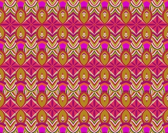 Shannon Newlin Vibrant Blooms -- Fat Quarter of Floral Burst in Pink