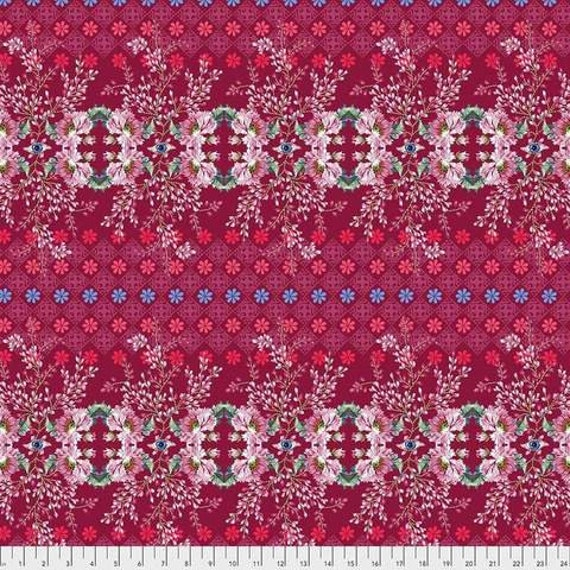 Jardin de la Reine by Odile Bailloeul for Free Spirit Fabrics - Fat quarter of The Queen's Spy in Rose