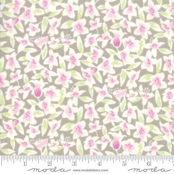 Moda Fine and Sunny by Jen Kingwell -- Fat Quarter of 18171-17