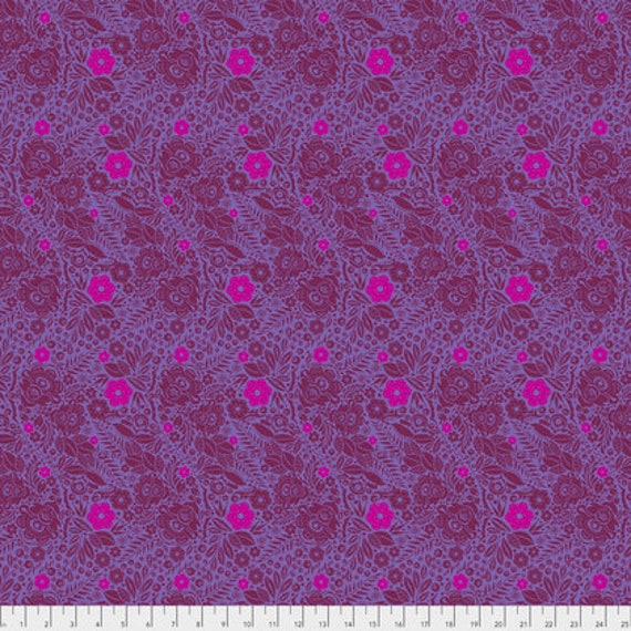 Passion Flower by Anna Horner for Free Spirit Fabrics - Lace in Lush