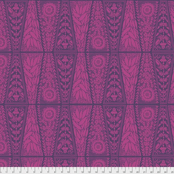 Second Nature by Anna Horner for Anna Maria's Conservatory - Dresden Lace in Fuchsia