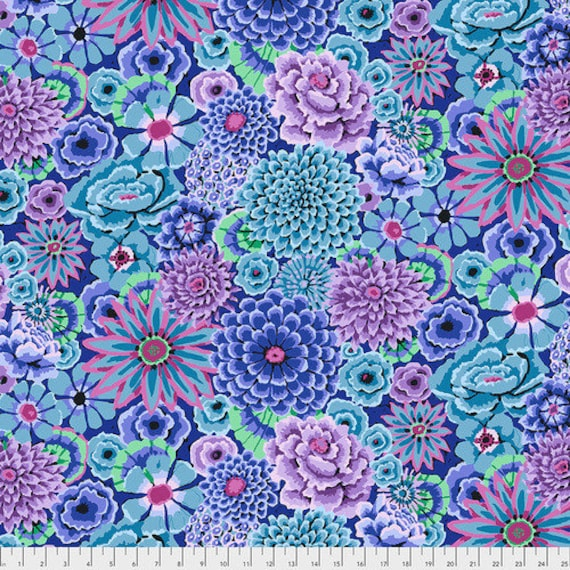 Kaffe Fassett Collective Fall 2018 -- Fat Quarter of Kaffe Fassett Enchanted in Blue