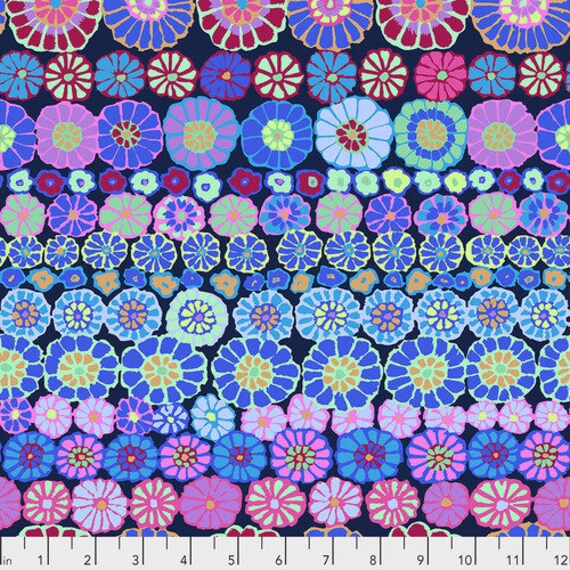 Kaffe Fassett Collective Fall 2018 -- Fat Quarter of Kaffe Fassett Row Flowers in Blue
