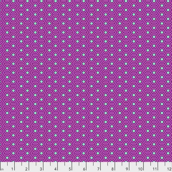 Fat Quarter Hexy in Thistle - Tula Pink's True Colors for Free Spirit Fabrics