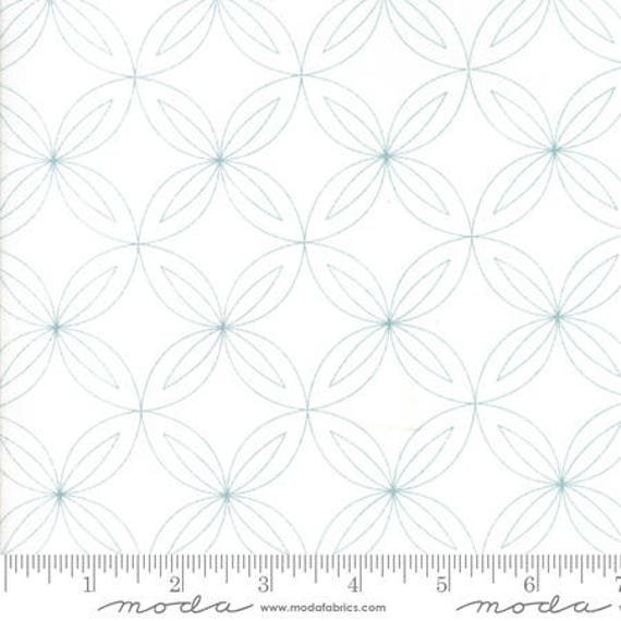 Moda Thrive Composed in Off White Rind (1090211) by Natalia and Kathleen -- Fat Quarter