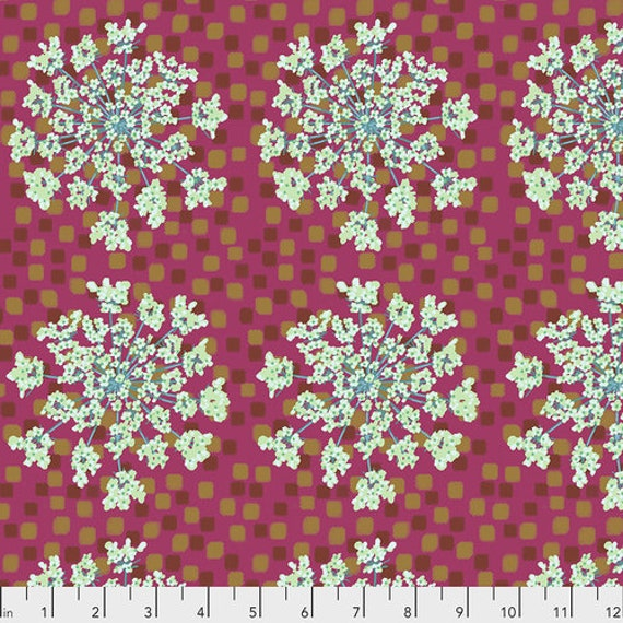 One Mile Radiant by Anna Maria Horner for Conservatory Chapter 3 with Free Spirit Fabrics- Fat Quarter of Queen Anne in Apple