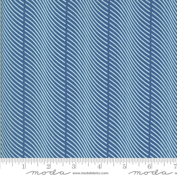 Moda Winkipop by Jen Kingwell -- Fat Quarter of 18196 21 In the Wild in Deep Water Blue
