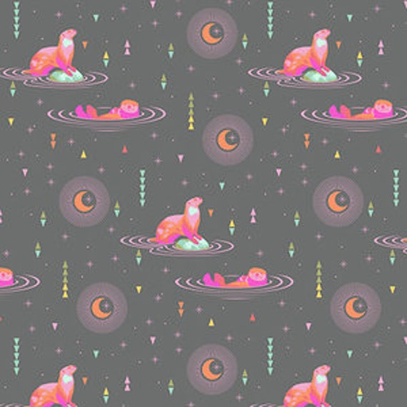 Fat Quarter Otter and Chill in Star Light - Tula Pink's Spirit Animal