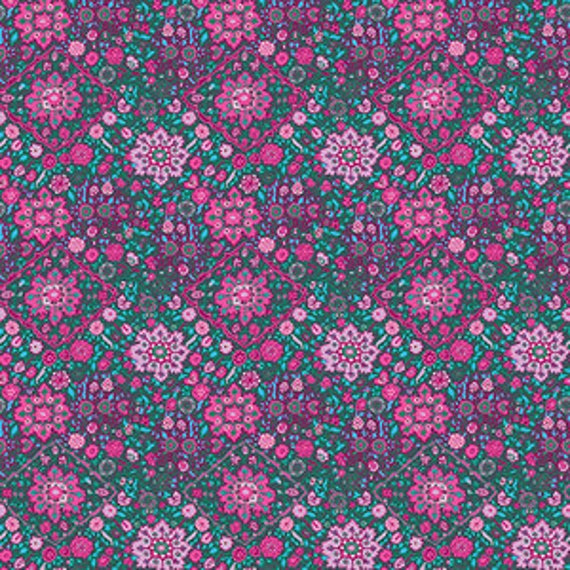 Amy Butler Soul Mate -- Fat Quarter of Kaleidoscope in Violet