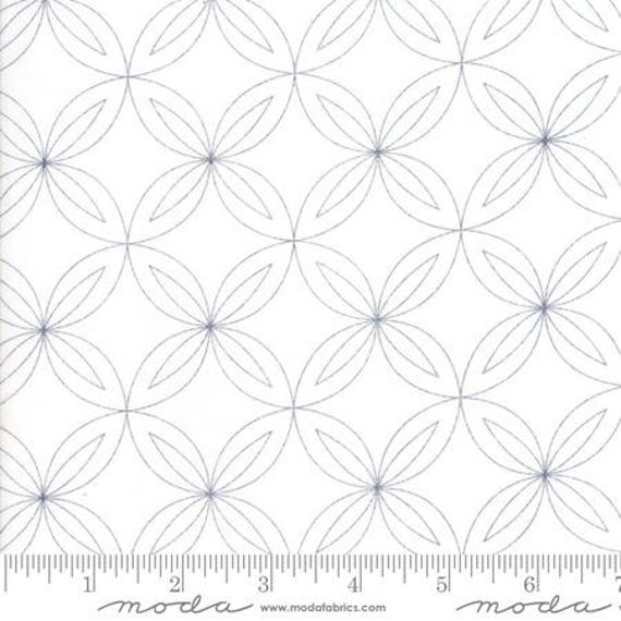 Moda Thrive Space in Off White Rind (1090221) by Natalia and Kathleen -- Fat Quarter