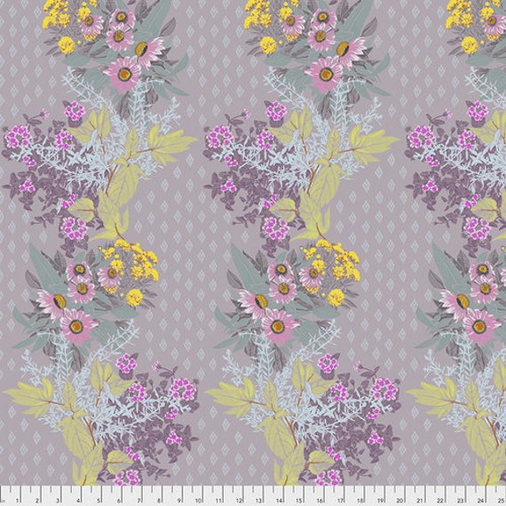 One Mile Radiant by Anna Maria Horner for Conservatory Chapter 3 with Free Spirit Fabrics- Fat Quarter of Front Walk in Heather