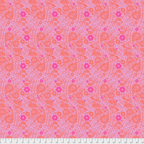 Passion Flower by Anna Horner for Free Spirit Fabrics - Lace in Marmelade