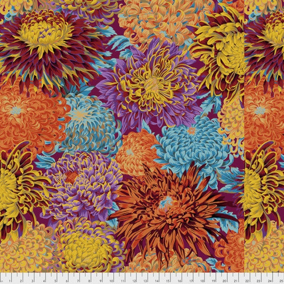Kaffe Fassett Collective Fall 2018 -- Fat Quarter of Philip Jacobs Japanese Chrysanthemum in Autumn