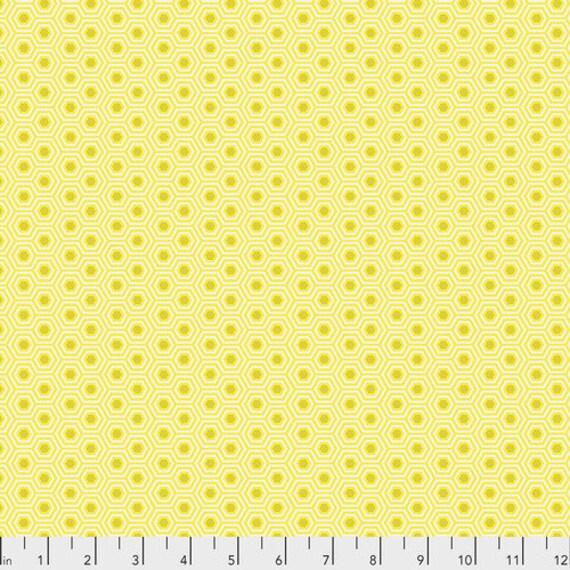 Fat Quarter Hexy in Sunshine - Tula Pink's True Colors for Free Spirit Fabrics