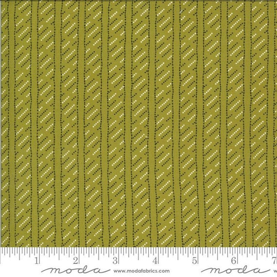 Moda Winkipop by Jen Kingwell -- Fat Quarter of 18197 14 Line in the Sand in Kelp