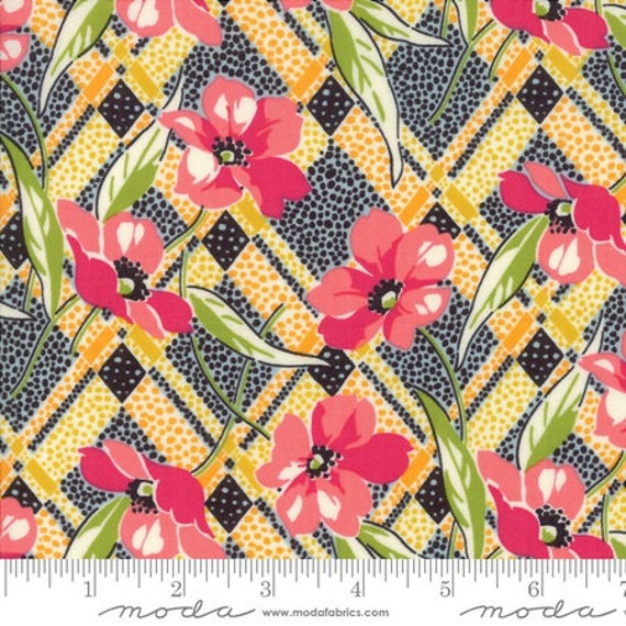 Moda Remix Lilly in Fuchsia (1815414) by Jen Kingwell -- Fat Quarter
