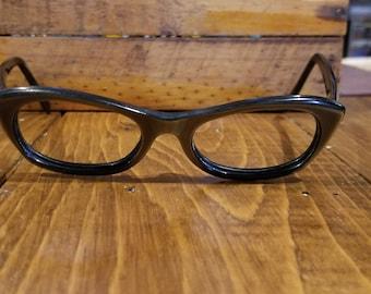 3ab0363e0e6 Vintage Universal Eyeglasses-Cat Eye Frame Black Rim. 5 1 2