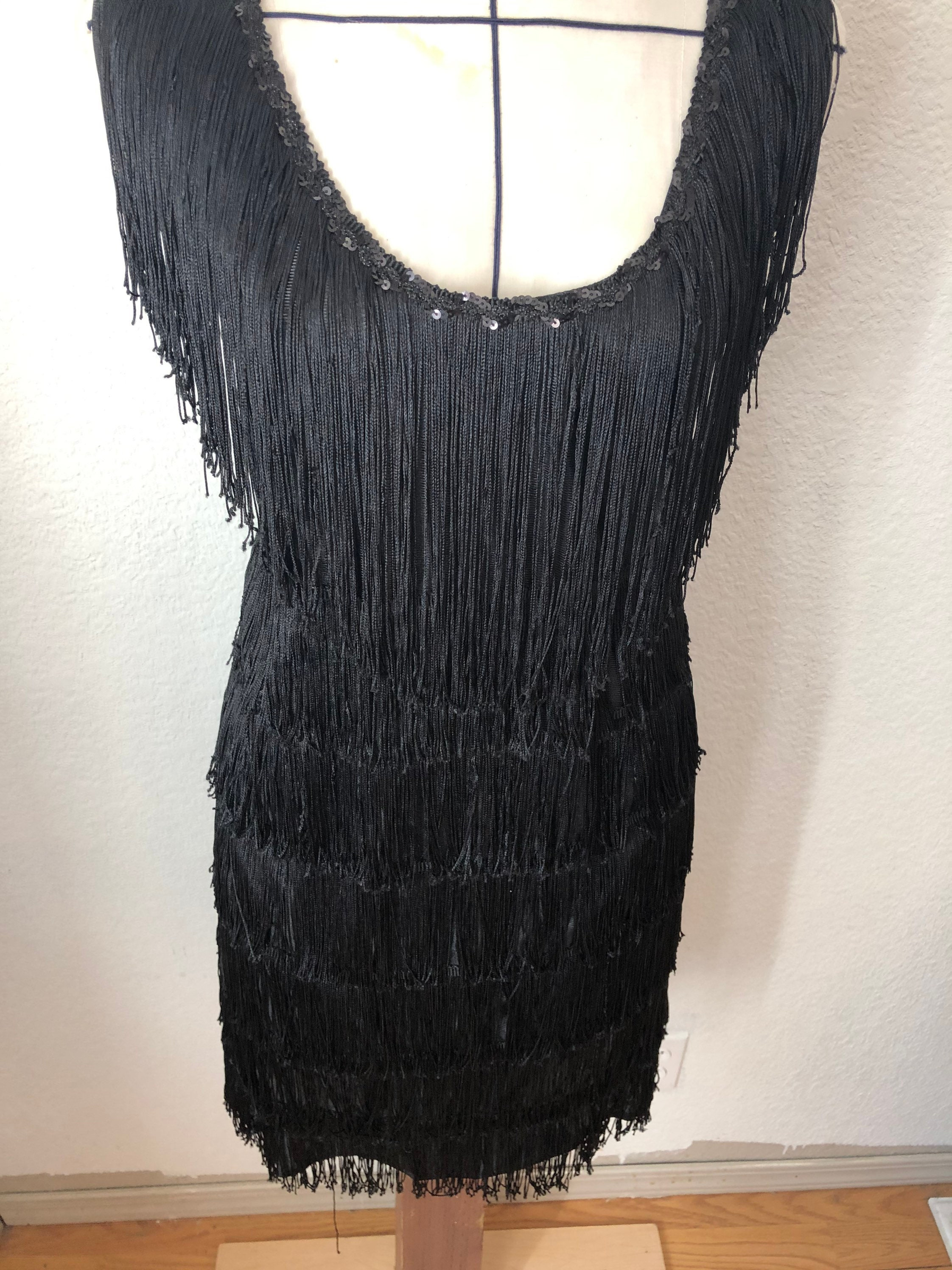 80s Dresses | Casual to Party Dresses 1970A Xl Fringe Dress. Black. Nylon. 1920S Flapper Style $35.00 AT vintagedancer.com