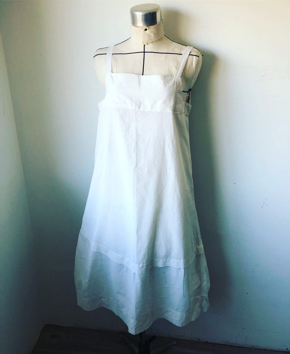 Vtg L 1920s nightgown. White Cotton. Minimalist. A