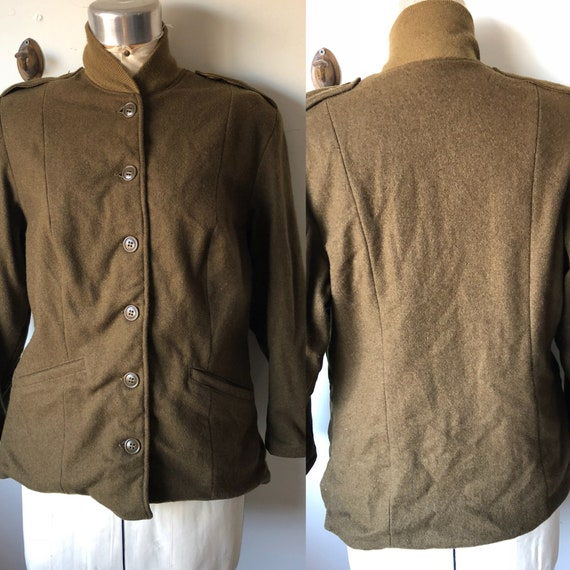 1940s sz 38 womens field jacket Liner. Real Army O