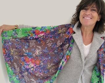 Womens écharpe, couleurs de laine écharpe foulard, pashmina laine, imprimé  floral, fleurs de tissu de femelle 18b7c3165ba