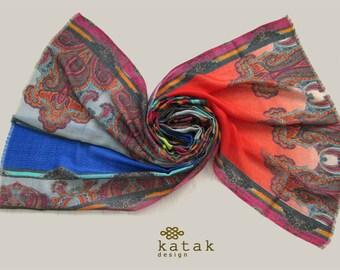 Foulard bandana de femme laine et de soie couleur d impression avec  l impression numérique 7a7299dec83