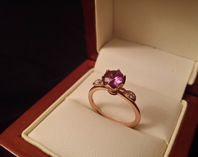 The Solo Rose - 14k Rose Gold Classic Engagement or Wedding Ring with Alexandrite stone and Diamonds (Item#: LAWR-00159)
