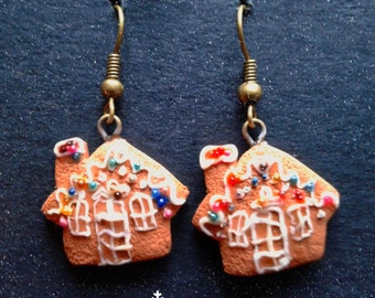 Christmas earrings - Gingerbread house biscuit Casetta di pan di zenzero Epiphany perfect gift present kawaii handmade polymer clay