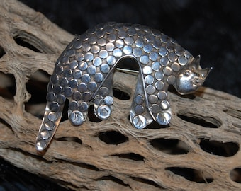 Vintage Sterling Silver Kaiya Roberts Speckled Spotted Dotted Kitty Cat Feline Brooch Pin New Old Stock #BKB-KBRCH285