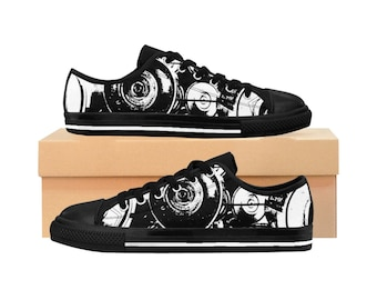 WKiD Men's Sneakers | Graffiti Cans