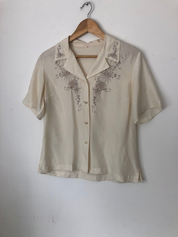 Vintage Sixties Chinese Embroidered Blouse 38